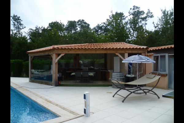 Chambre détente au Fenouiller face à la piscine